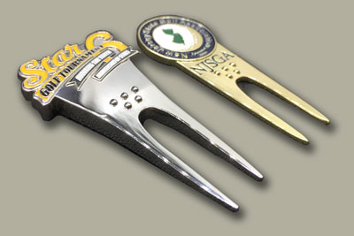 golf divot tools